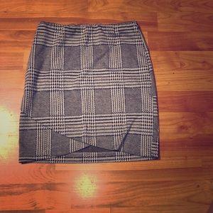 SO plaid skirt